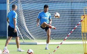 Víctor le abre la puerta a Miguel Torres: «Me alegra verle al cien por cien»