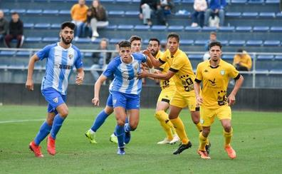 Severa derrota del Malagueño, a un solo paso del descenso a Tercera