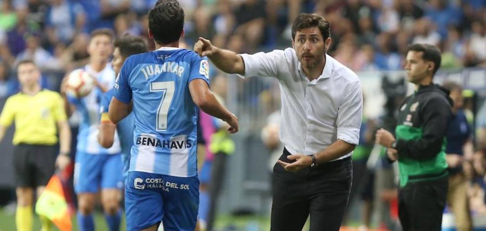 Víctor quiere tener 'enchufados' a todos en el Málaga