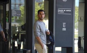 Competición pide la suspensión cautelar de Íñigo López, del Deportivo