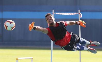 El Málaga echa el freno con los internacionales