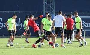 El Málaga completa la segunda sesión sin Víctor al frente de la plantilla