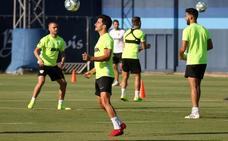 El Málaga, con sólo once profesionales alineables cara a su debut ante el Racing de Santander