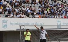 El Málaga abre sus puertas y la afición responde