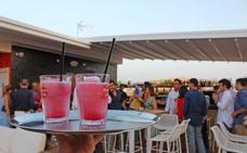 Guía de terrazas imprescindibles para disfrutar al calorcito del terral de invierno en Málaga