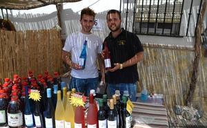 Bodegueros de Teba lanzan al mercado el primer vino tinto macerado con cannabis