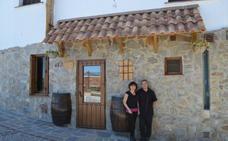 El restaurante de dos ingenieros en Alpandeire donde casi nunca hay mesa