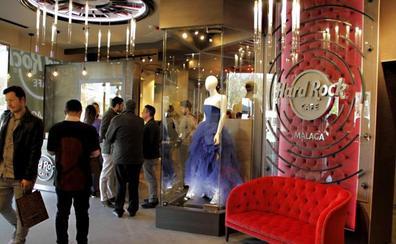Shakira, Beyoncé o Elton John dejan su sello en Hard Rock Málaga