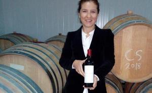 Victoria Ordóñez lanza Martí-Aguilar, un vino tinto hecho con uvas de los Montes de Málaga