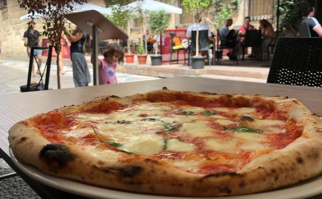 Una deliciosa porción de Nápoles frente al Museo Picasso