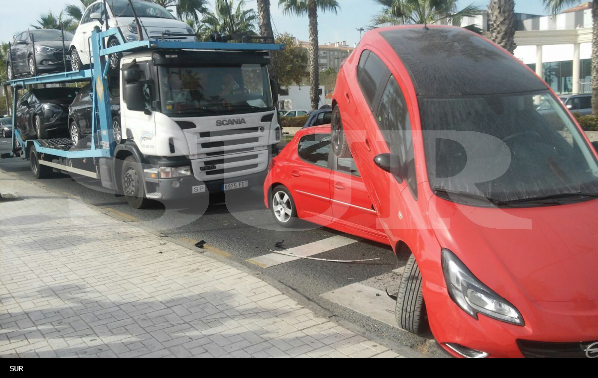 Fotos del espectacular accidente en el Paseo Marítimo de Huelin