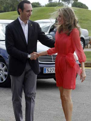 Letizia se viste de color fl�or