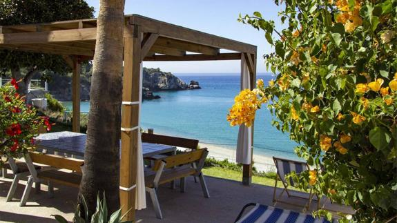 How a post-Civil War Guardia Civil lookout became two idyllic holiday homes