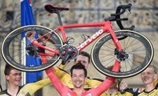 Primoz Roglic wins the Vuelta a España