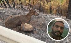 This is the Malaga firefighter whose photo of the Sierra Bermeja fire went viral