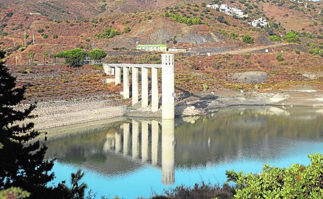 La Viñuela reservoir is only 23.2% full, and the water level is at its lowest since 2008
