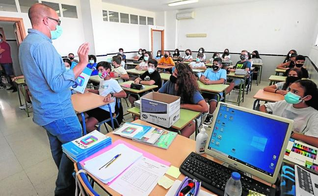 La Cala de Mijas kids go back to school without their classrooms
