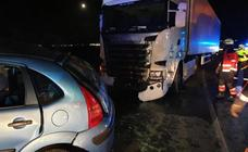 A young woman dies and another person is seriously injured in Antequera lorry crash