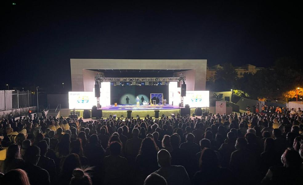 Full house at Rincón's open-air theatre