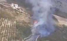 Videos | Three helicopters help efforts to control wildfire declared in Malaga's Axarquía