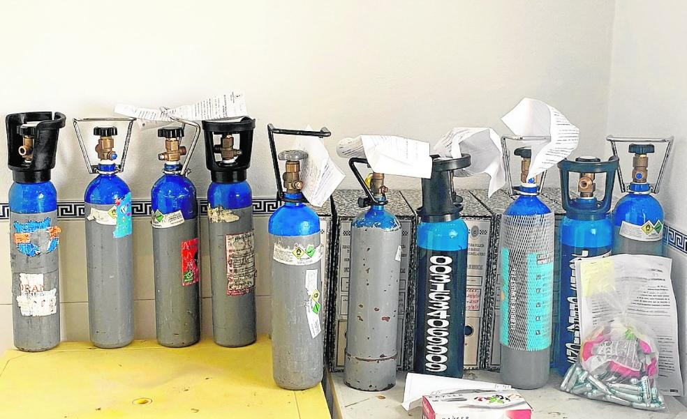 Laughing gas, a growing headache for the authorities on the Costa