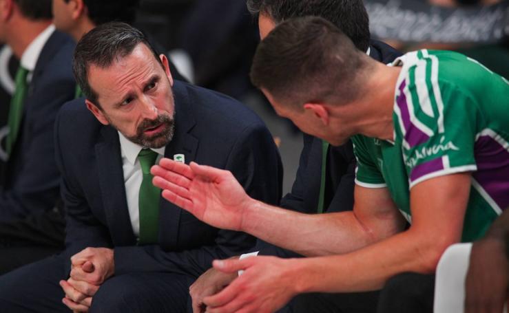 Los mejores momentos del Valencia Basket - Unicaja Málaga