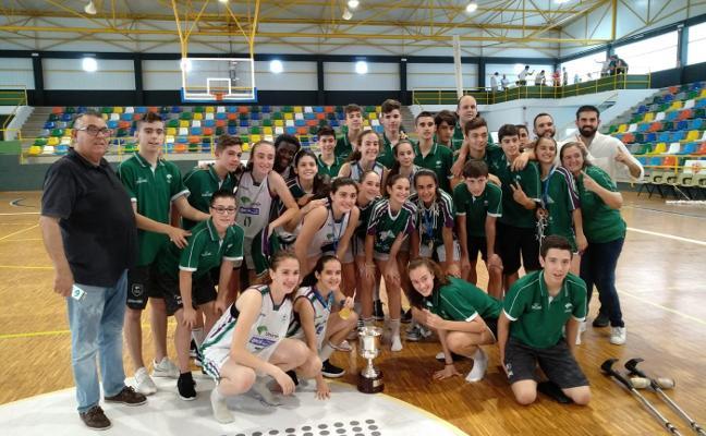 El Unicaja gana el campeonato de España infantil femenino en el año de su debut