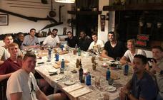 Primera cena de equipo de la plantilla del Unicaja