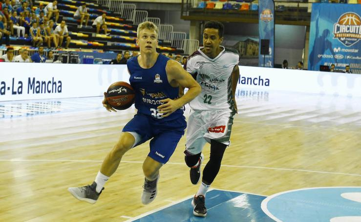 Segunda derrota para el Unicaja en la pretemporada ante el Burgos