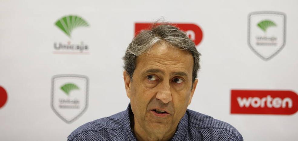 Casimiro: «Debemos mejorar, sólo llevamos diez partidos»