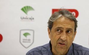 Luis Casimiro, entrenador del Unicaja: «Estuvimos a nivel de pretemporada, sobre todo a nivel defensivo»