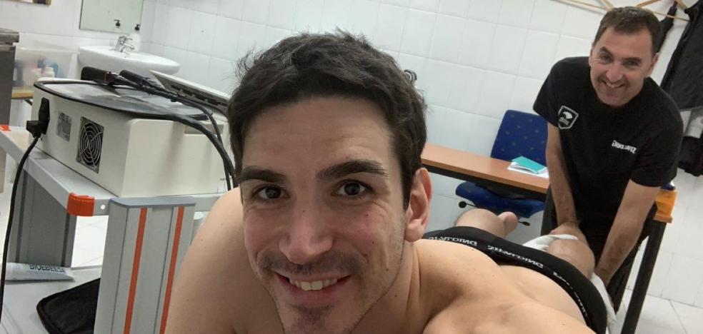 Suárez, muy optimista, empezará a entrenarse el lunes con el grupo