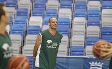 Carlos Jiménez 'vuelve' a las canchas