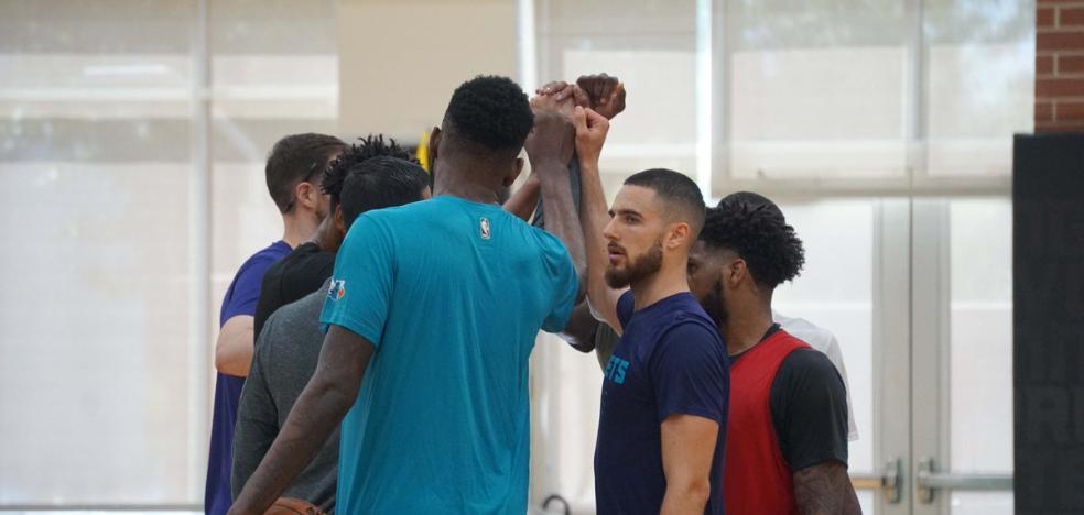 Francis Alonso se muestra a la NBA