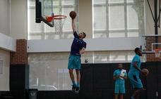 Francis Alonso se queda fuera del draft de la NBA, sin españoles y con solo seis europeos
