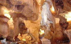 12 cuevas que tienes que conocer en Málaga
