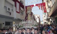 Cinco traslados y la procesión de alabanza de la Virgen de la Trinidad llenan las calles de cofrades