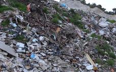 El vertedero ilegal de Nerja: 18 años de un desastre ambiental que era 'vox populi'