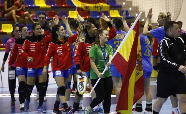 'Las guerreras' ganan en Antequera, en imágenes