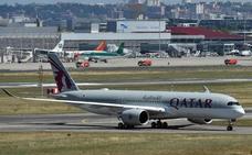 Catar insta a los países del Golfo a reabrir el espacio aéreo cuanto antes