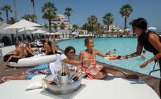Los viajes, el gasto principal de los españoles en verano