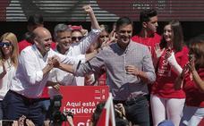 La batalla por Málaga provoca fisuras en los sanchistas