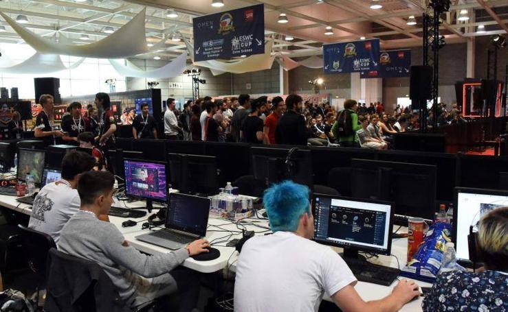 El 'Esports World Convention' reúne a más de 200 jugadores profesionales de todo el mundo