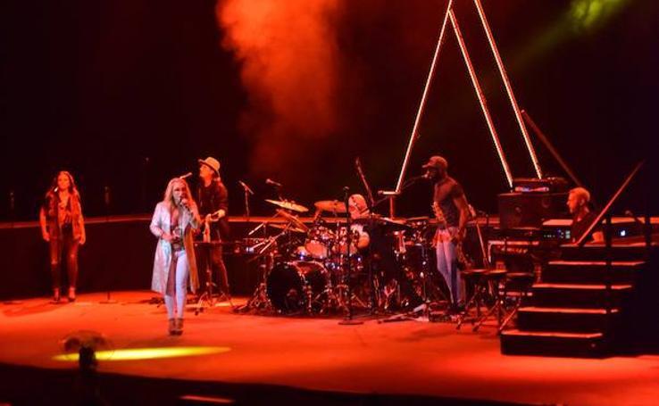 Fotos del concierto de Anastacia en el Starlite de Marbella
