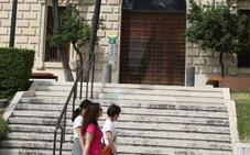 La plantilla del Museo de Málaga niega que el cierre por las tardes se deba al convenio colectivo