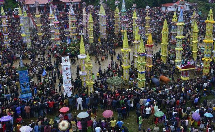 El tradicional festival de la India por la buena cosecha anual