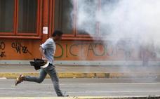 Venezuela reprime las protestas con gases y balas de goma