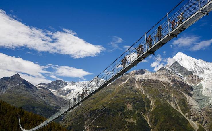 El puente colgante más largo del mundo en Suiza