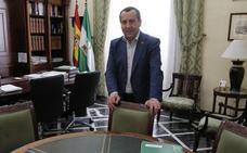 Ruiz Espejo recibe numerosas muestras de apoyo para presentarse a liderar el PSOE de Málaga