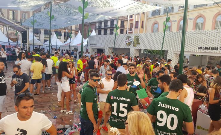 El 'botellón' vuelve el primer día de Feria en Málaga